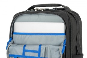 Essentials Convertible rolling backpack
